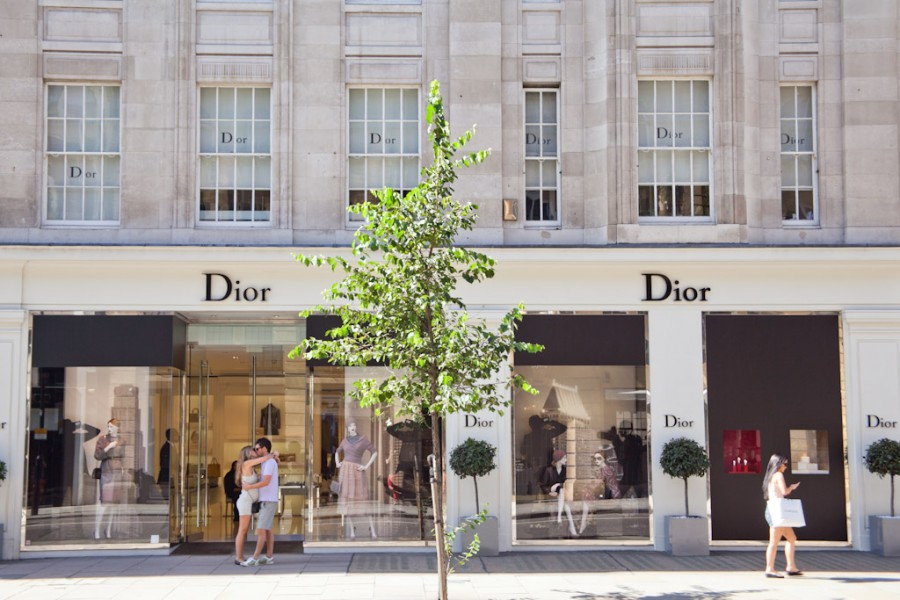 dior-2-on-sloane-street-knightsbridge-london-900x600