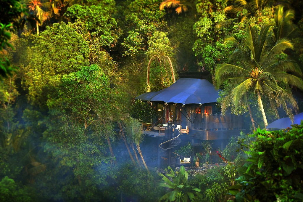 Shot of Capella Luxury accomodation in Bali for Renae's World Blog