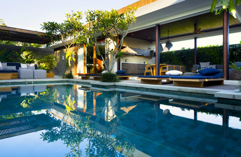 Screen grab of villa at Hotel Komune Bali for Renae's World