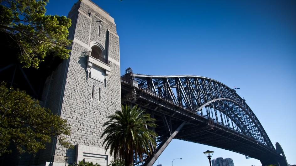 Shot of Harbour Bridge.