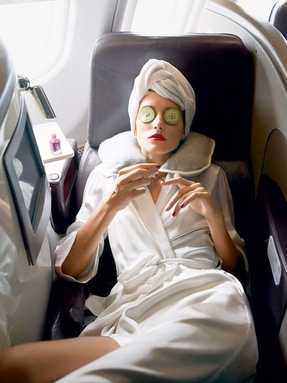 how to stay healthy when travelling on a plane