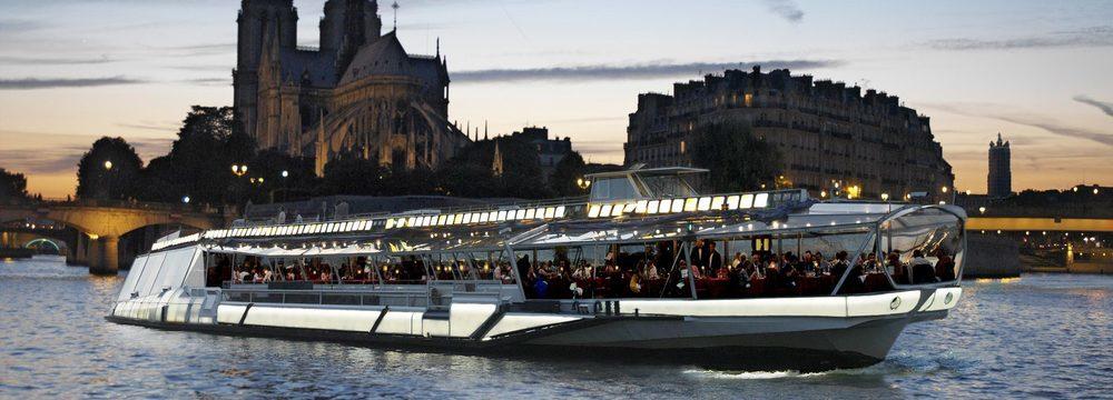 Cruise down the River Seine in Paris