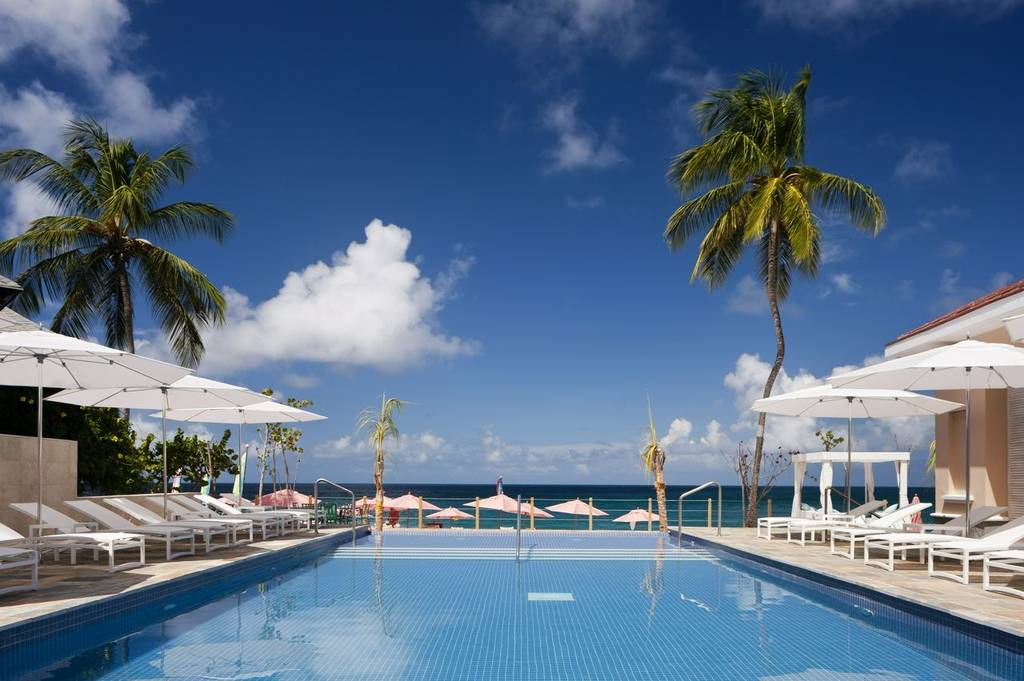 St Lucia pool a luxury couples escape