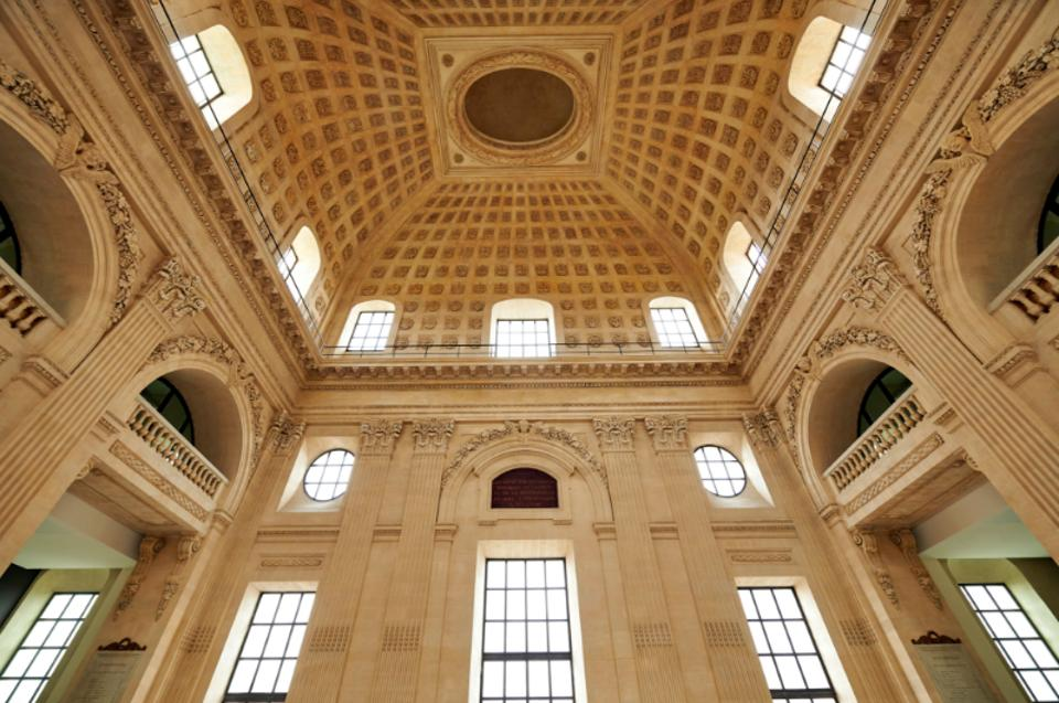 A 32 metre high ceiling with white walls into a large, classic French dome