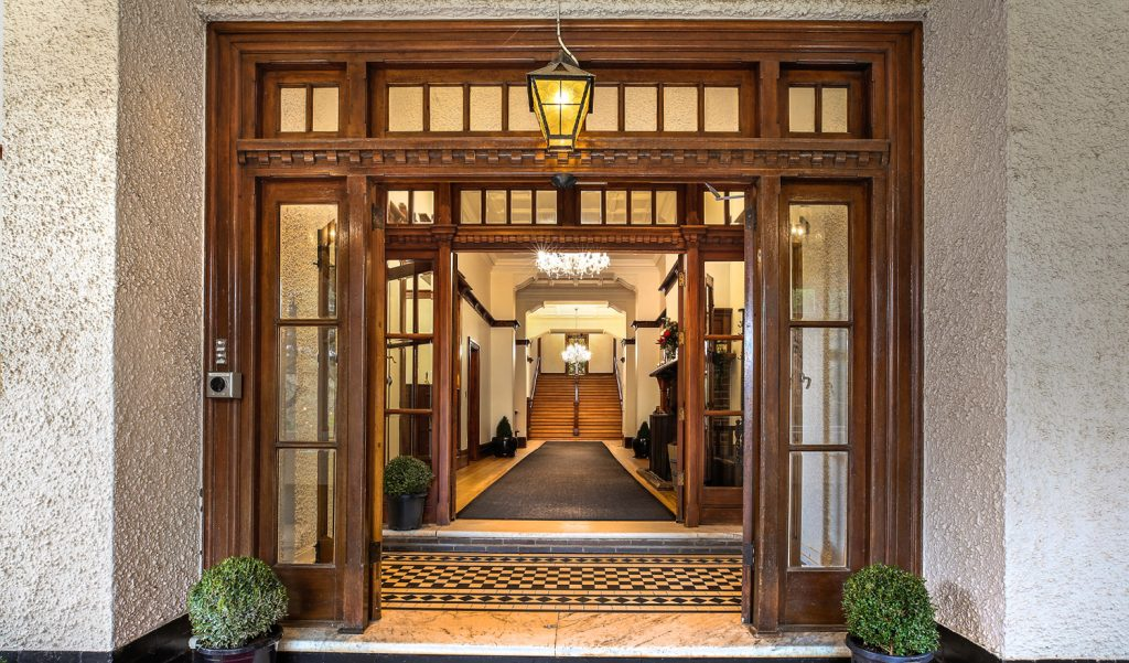 grand entrance to The Robertson Hotel