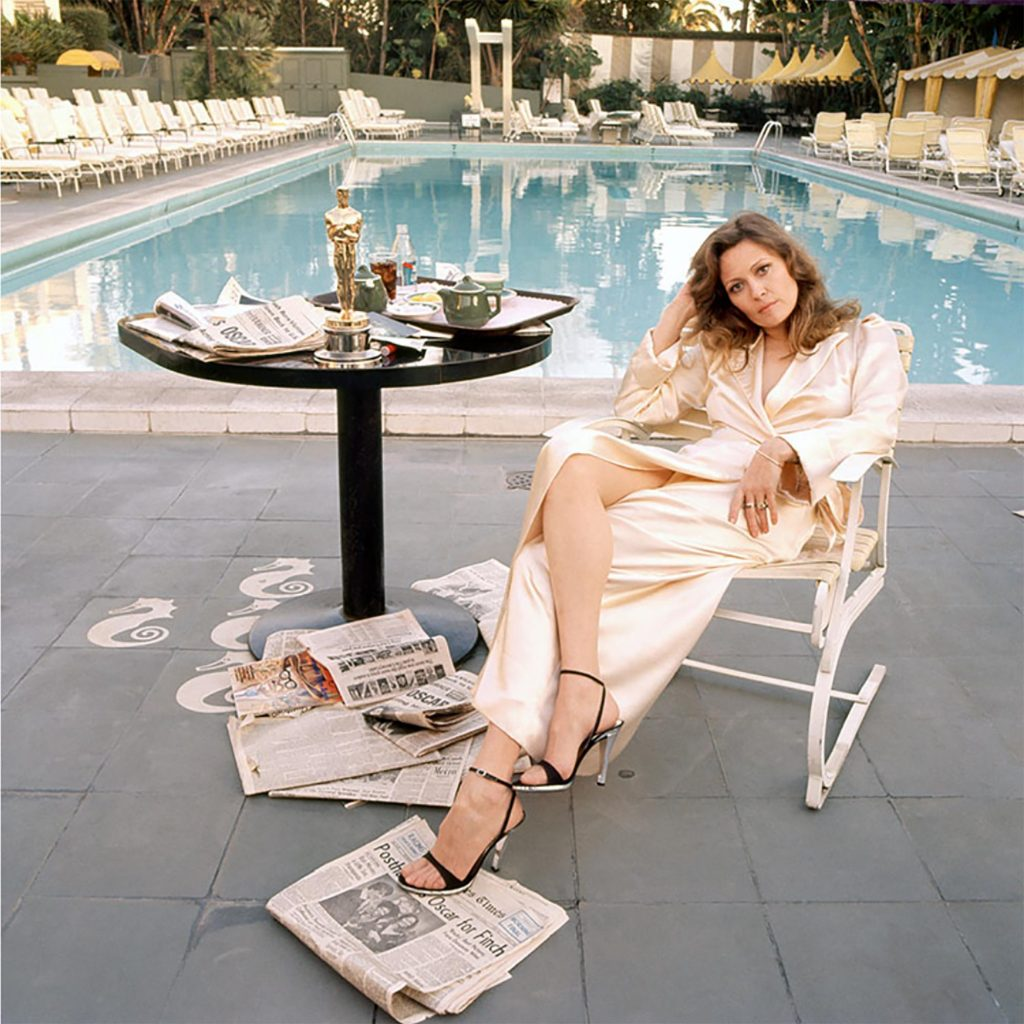 Faye Dunaway by Slim Aaarons, Image from P'interst and courtesy of Getty Images.
